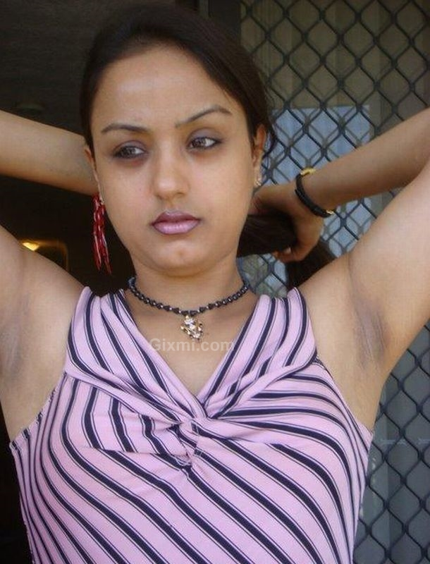 Desi Gixmi Photos