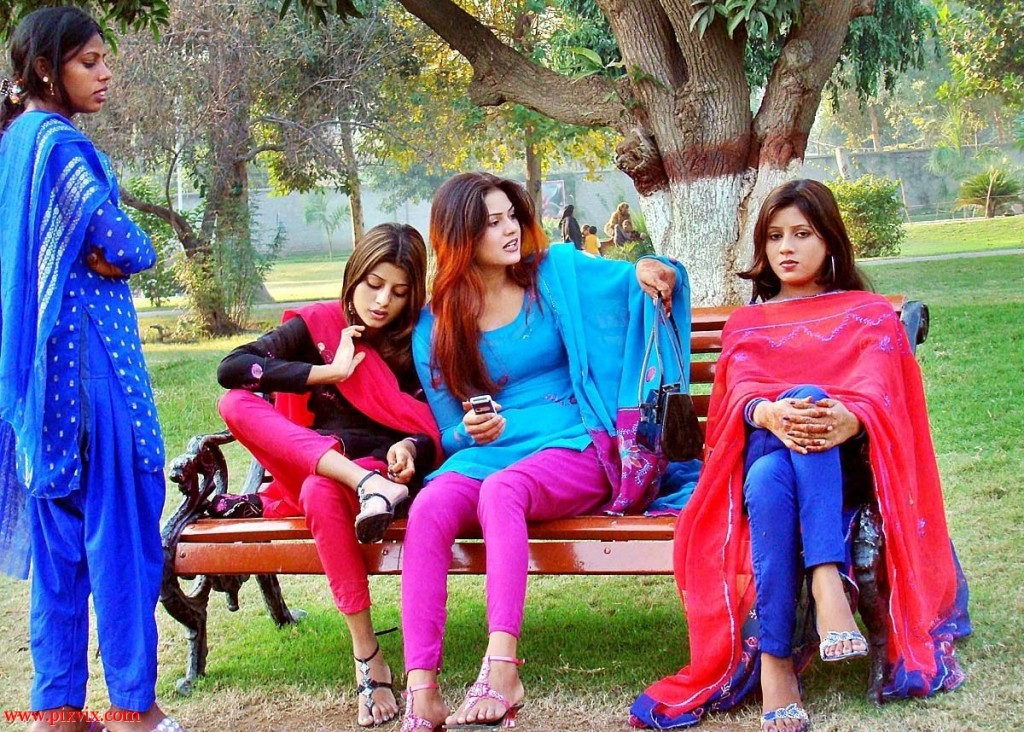 Multani Girls on Eid Day in Park