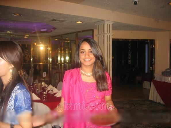 ayesha-rehman-595x446