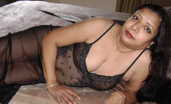 north indian aunty1