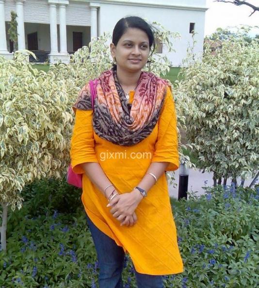 Master-of-Science-in-Economic-Naisha-from-Delhi1-625x833