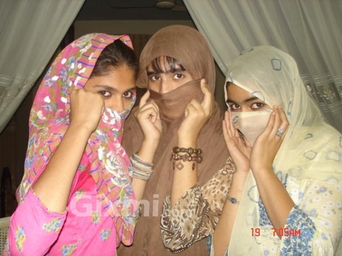 paki-girls-hijab