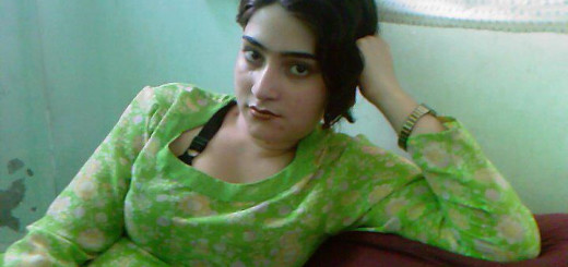 Hot Abbottabad Girl-Bedroom